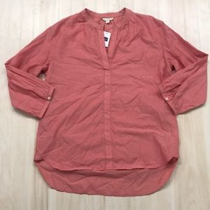 Gap women's top. Size S. NWT!